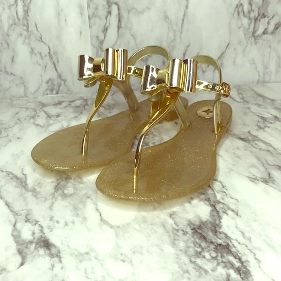 593b6cc06 BCBG Shoes - 🔥🔥🔥BCBG jelly bow thong sandals